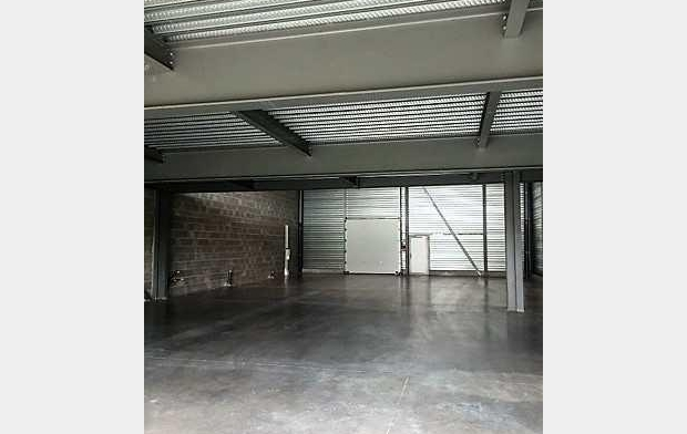 Agence Cosi : Local / Bureau | ROSIERES-PRES-TROYES (10430) | 450 m2 | 2 500 €